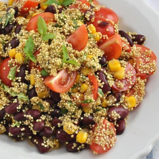 quinoa con fagioli e mais